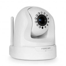 Foscam Wireless IP Pan/Tilt Plug and Play Indoor 720P 1.3MP Camera