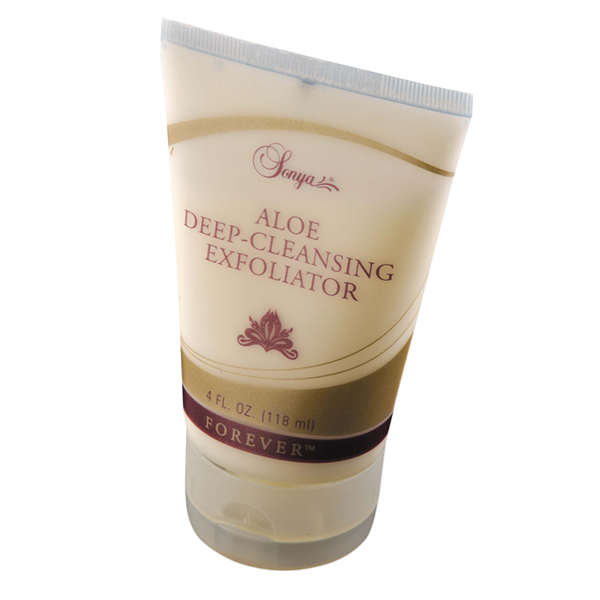 Aloe Deep-Cleansing Exfoliator in Dubai
