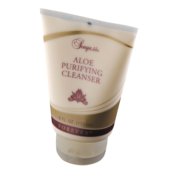 Aloe Purifying Cleanser in Dubai