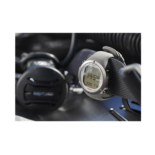 Suunto D6i Novo Stealth Watch With USB Price Abudhabi