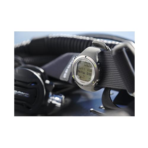 Suunto D6i Novo Stealth Watch With USB Price UAE